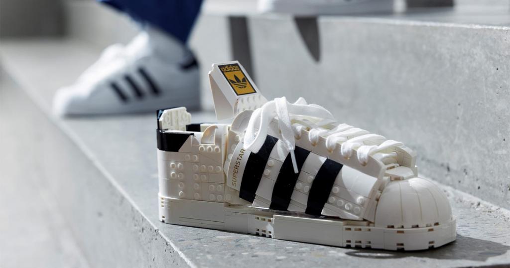 lego adidas scarpa