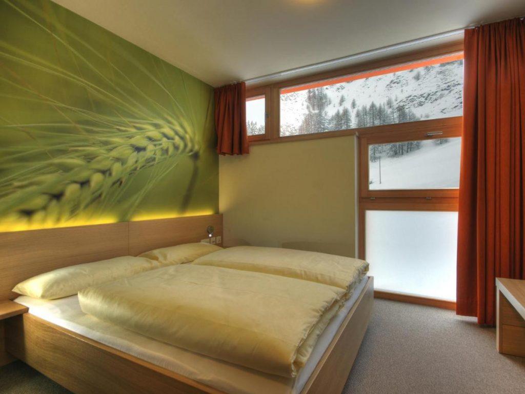 camera matrimoniale piccola smart hotel samnaun